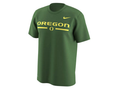Oregon Ducks Nike NCAA Men's Fresh Trainer Hook T-Shirt