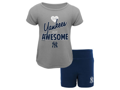 New York Yankees Outerstuff MLB Infant Girl Greatness Short Set