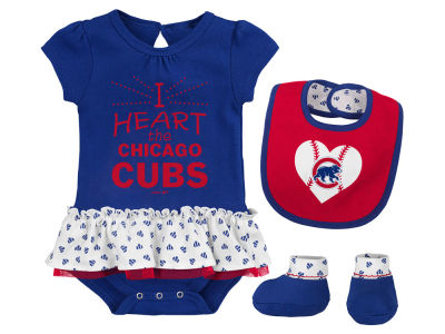 Chicago Cubs Majestic MLB Newborn Girls Bib & Booty Set