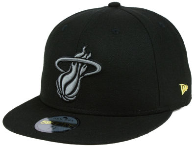 Miami Heat New Era NBA Black Label Essential 59FIFTY Cap