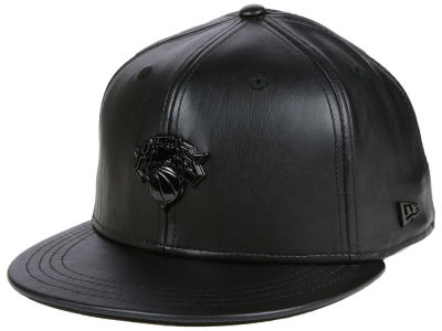 New York Knicks New Era NBA Black Label Glossy Metal 9FIFTY Snapback Cap