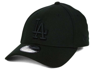 Los Angeles Dodgers New Era MLB Black on Black Classic 39THIRTY Cap