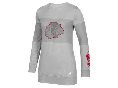 Chicago Blackhawks adidas NHL Women's Inside Logo Outline Sweatshirt