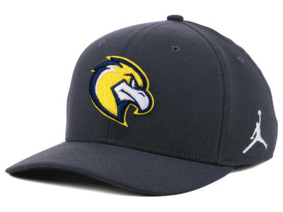 Marquette Golden Eagles Nike NCAA Anthracite Classic Swoosh Cap