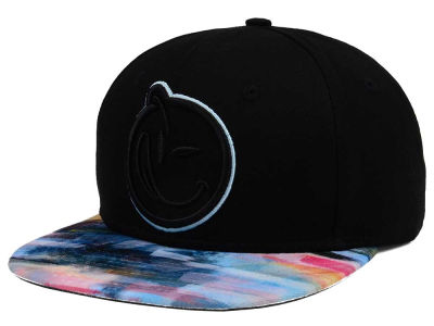 YUMS Black Paint Brush Snapback Cap