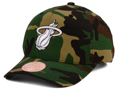 Miami Heat Mitchell & Ness NBA X Flexfit 110 Snapback Cap