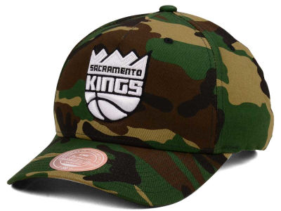 Sacramento Kings Mitchell & Ness NBA X Flexfit 110 Snapback Cap