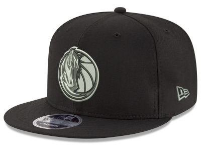 Dallas Mavericks New Era NBA Black on Shine 9FIFTY Snapback Cap