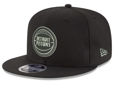 Detroit Pistons New Era NBA Black on Shine 9FIFTY Snapback Cap