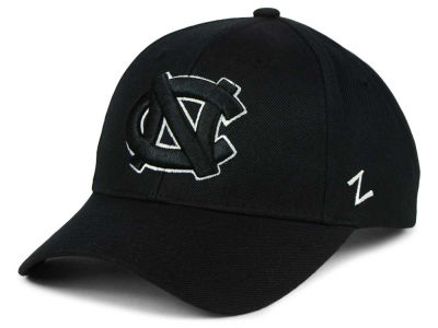 North Carolina Tar Heels Zephyr NCAA Black & White Competitor Cap