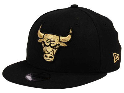Chicago Bulls New Era NBA Youth Black on Gold 9FIFTY Snapback Cap