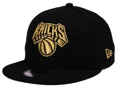 New York Knicks New Era NBA Youth Black on Gold 9FIFTY Snapback Cap
