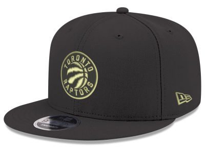 Toronto Raptors New Era NBA Youth Black on Gold 9FIFTY Snapback Cap