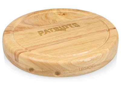 New England Patriots Picnic Time Circo Cutting Board