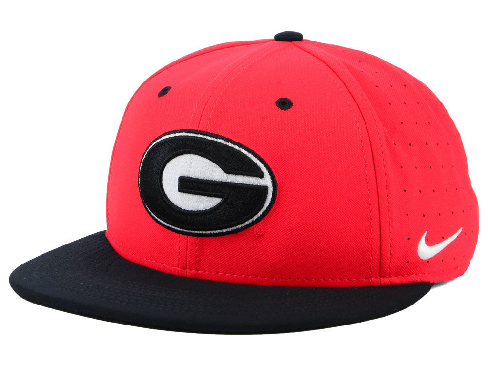 Georgia Bulldogs Nike NCAA Aerobill True Fitted Baseball Cap  c5522b6b893