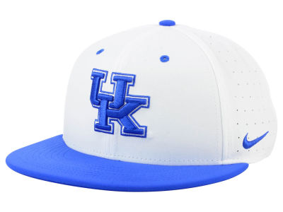 Kentucky Wildcats Nike NCAA Aerobill True Fitted Baseball Cap