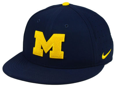 Michigan Wolverines Nike NCAA Aerobill True Fitted Baseball Cap