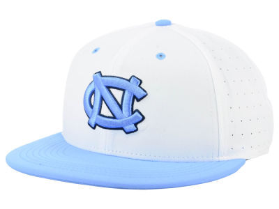 North Carolina Tar Heels Nike NCAA Aerobill True Fitted Baseball Cap