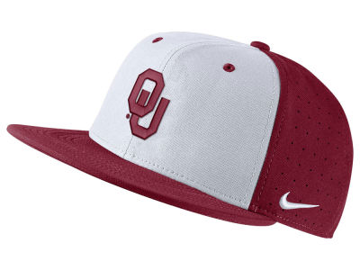Oklahoma Sooners Nike NCAA Aerobill True Fitted Baseball Cap
