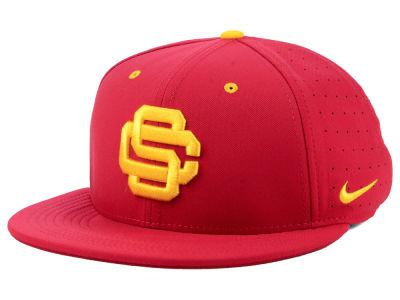 USC Trojans Nike NCAA Aerobill True Fitted Baseball Cap 257e8164acf
