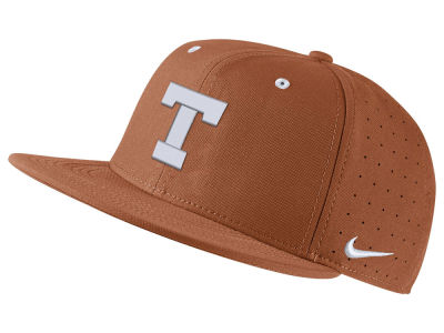 Texas Longhorns Nike NCAA Aerobill True Fitted Baseball Cap