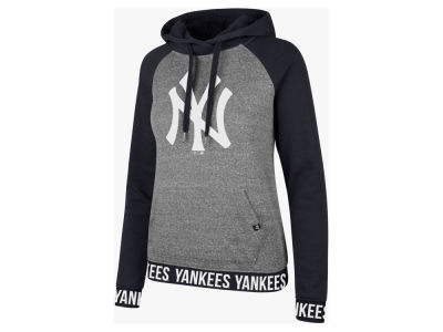 New York Yankees '47 MLB Women's Encore Revolve Hoodie