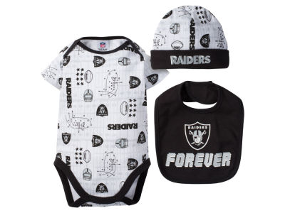 Oakland Raiders NFL Newborn 3 Pc Set Bodysuit-Bib-Cap