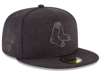 Boston Red Sox New Era 2018 MLB Clubhouse Kids 59FIFTY Cap