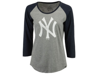 New York Yankees '47 MLB Women's Primary Logo Club Raglan T-shirt