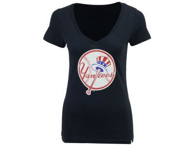 New York Yankees '47 MLB Women's Alternate Logo Splitter V Neck T-Shirt