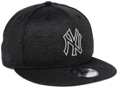 New York Yankees New Era MLB Clubhouse Jersey Pop 9FIFTY Snapback Cap