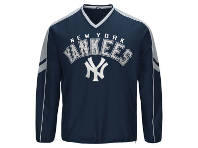 New York Yankees MLB Men's Free Agent V-neck Pullover