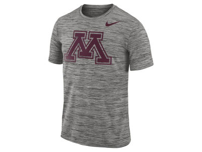 Minnesota Golden Gophers Nike NCAA Men's Legend Travel T-shirt