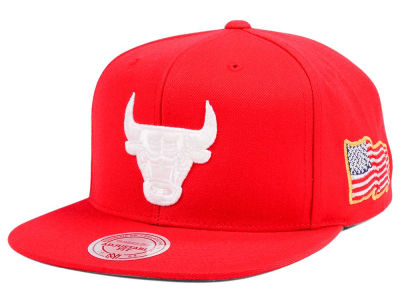 Chicago Bulls Mitchell & Ness NBA X Made In America Snapback Cap