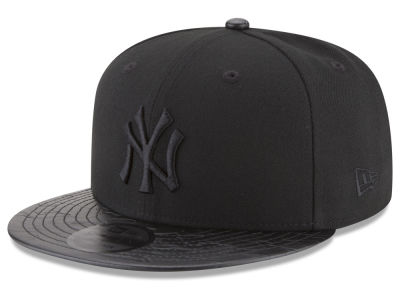 New York Yankees New Era MLB Camo Pressed 9FIFTY Snapback Cap