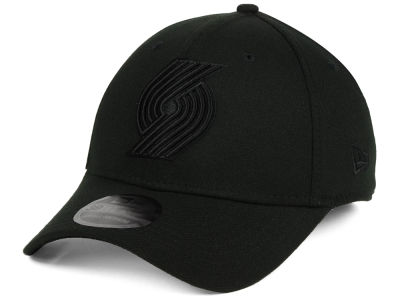 Portland Trail Blazers New Era NBA Blackout 39THIRTY Cap
