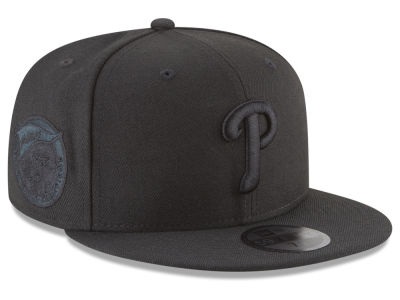 Philadelphia Phillies New Era MLB Blackout Ultimate Patch Collection 59FIFTY Cap