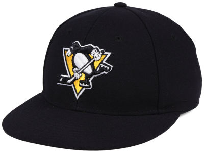 Pittsburgh Penguins adidas NHL Basic Fitted Cap