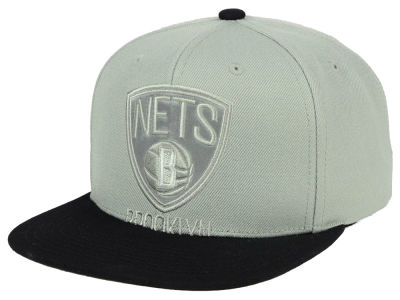 Brooklyn Nets Mitchell & Ness NBA Cropped Satin Snapback Cap