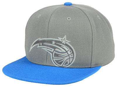 Orlando Magic Mitchell & Ness NBA Cropped Satin Snapback Cap