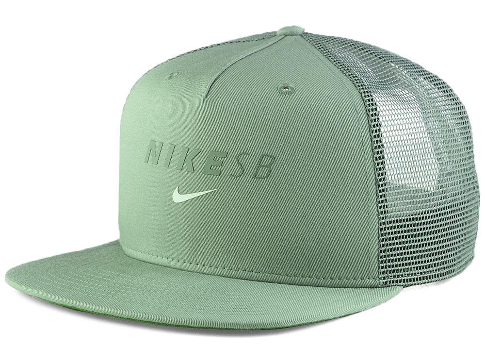 Nike SB Swoosh Trucker Cap  11475eff0e5