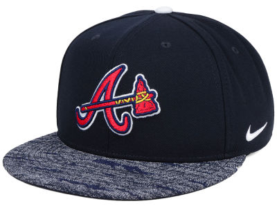 Atlanta Braves Nike MLB Reverse New Day Snapback Cap