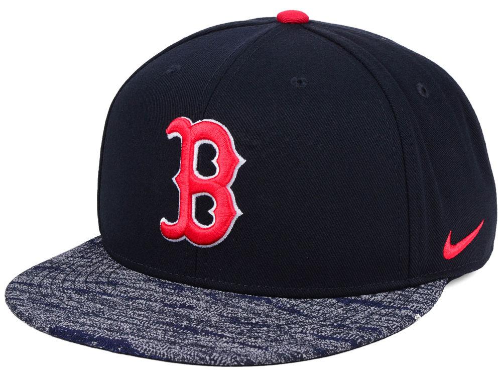 c4421040d45 Boston Red Sox Nike MLB Reverse New Day Snapback Cap