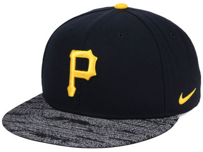 Pittsburgh Pirates Nike MLB Reverse New Day Snapback Cap