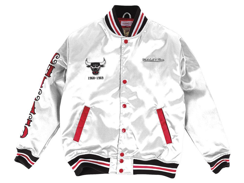 Chicago Bulls Mitchell   Ness NBA Men s Satin Jacket  f92e2f741