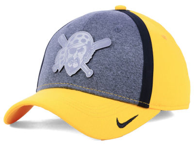 Pittsburgh Pirates Nike MLB Team Color Reflective Swooshflex Cap