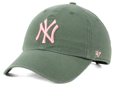 online store bba50 eac2e New York Yankees  47 MLB Moss Pink  47 CLEAN UP Cap