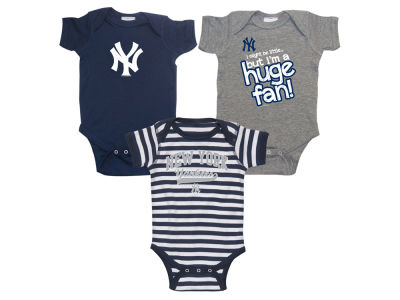 New York Yankees Soft As A Grape MLB Newborn Huge Fan 3 pc Set