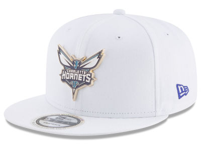 Charlotte Hornets New Era NBA Enamel Badge 9FIFTY Snapback Cap