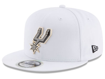 San Antonio Spurs New Era NBA Enamel Badge 9FIFTY Snapback Cap